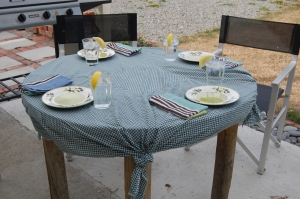 Outdoor table settingsm